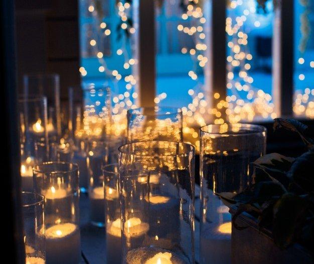 candles-shine-wooden-floor-darkness_1304-3768