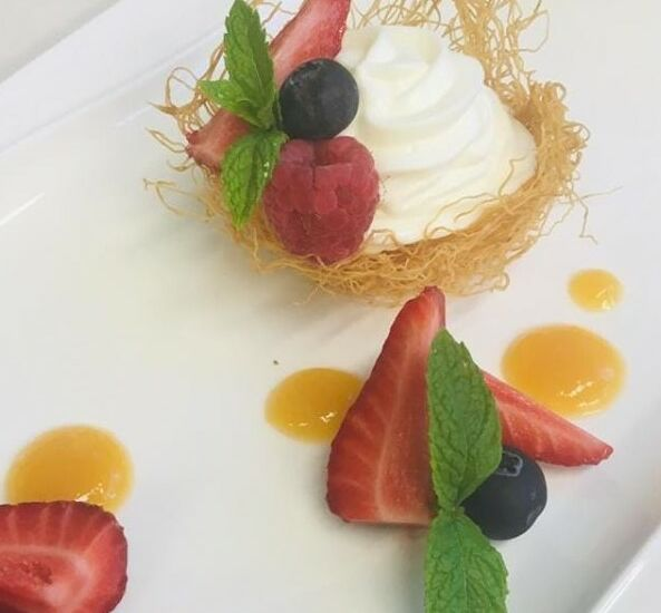 CESTINO CON MOUSSE DI YOGURT